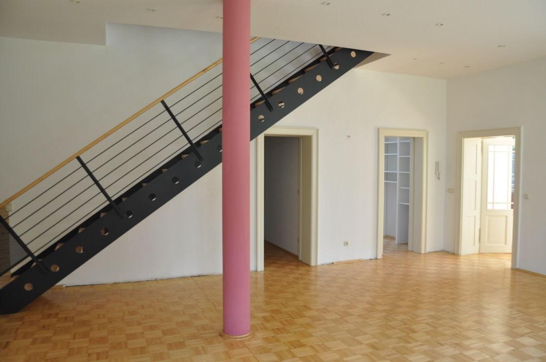 WE01 Wohnen mit Zugang 1. OG, Garderobe u.WC, Küche